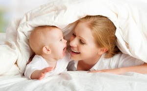 mama y bebe habla