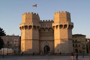 VALENCIA SERRANO -PIXABAY architecture-71387_1280