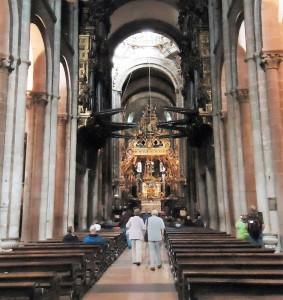 santiago compostela interior catedral