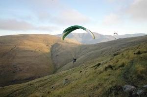 interlaken-paragliding-pixabay1364825_960_720