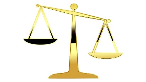 justice-2071621_1280 (1)